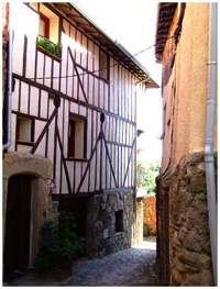 Casas rurales desde la calle Cerezal.