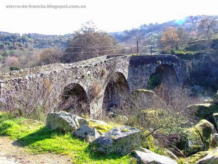 puente medieval de san esteban de la sierra