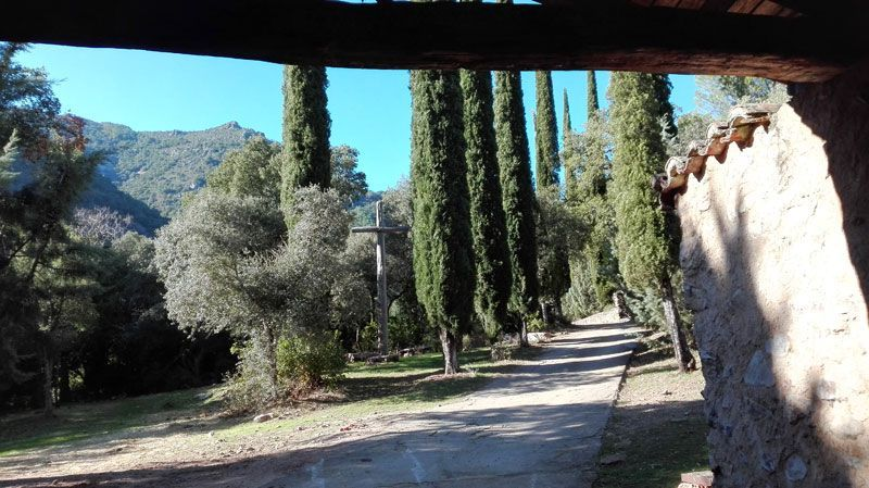 patio monasterio de san josé, batuecas salamanca