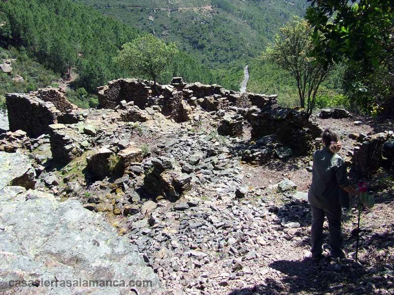 restos del convento de belen en herguijuela